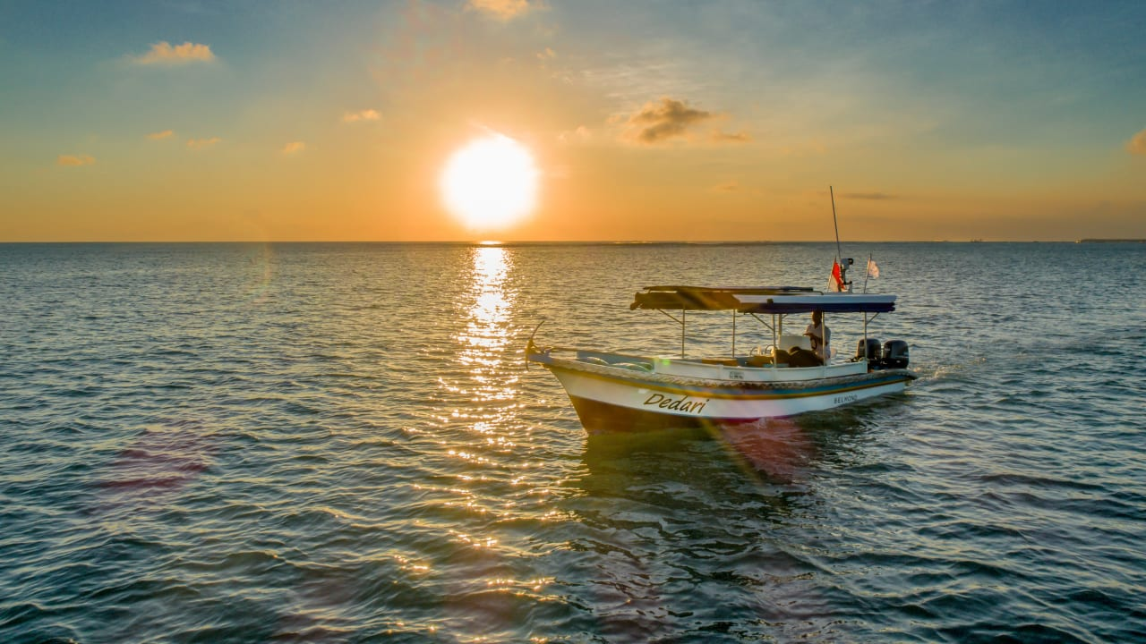 Boat and sunset in Bali