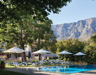Hotel with Swimming Pool in Cape Town