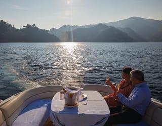 Crociera al tramonto e cena romantica