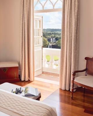 a suite at hotel da cataratas