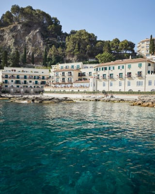 Villa Sant'Andrea on the shores of Taormina